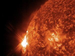 TORMENTA SOLAR DEL 22 DE ENERO 2012 FOTO NASA