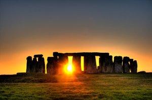 Amanecer en Stonehenge Groupes Joëlle Adam