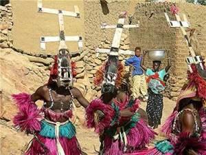 Tribu dogon adoran a dioses provenientes de Sirio tejiendoelmundo