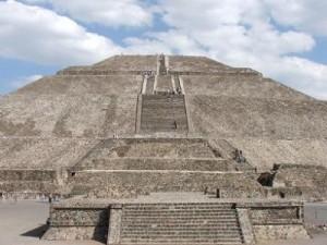 Piramide-del-Sol-