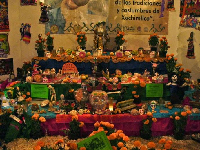 Ofrenda  del dia de muertos en Xochimilco 2