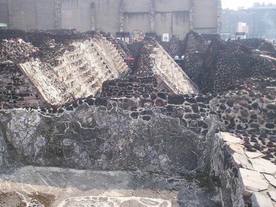 templo-mayor-azteca-Tenochtitlan