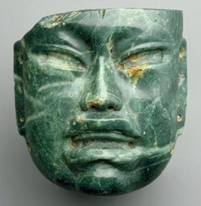 Mascara olmeca con rasgos asiaticos
