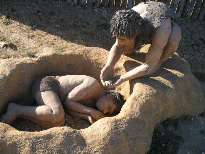 enterramiento-neandertal