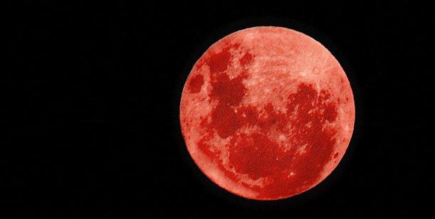 Luna roja 3