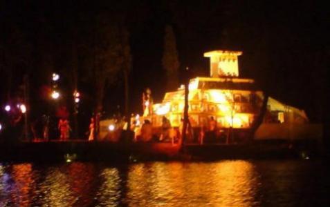 Se-aparece-La-Llorona-en-canales-de-Xochimilco_politicamain