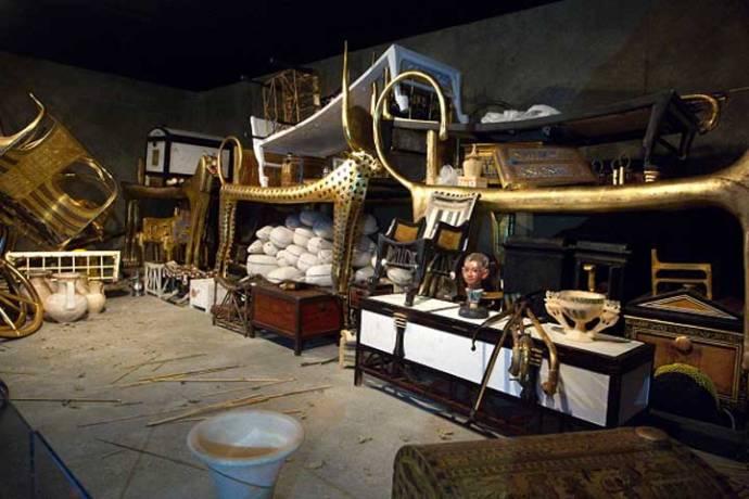 Tutankamon ajuar funerario