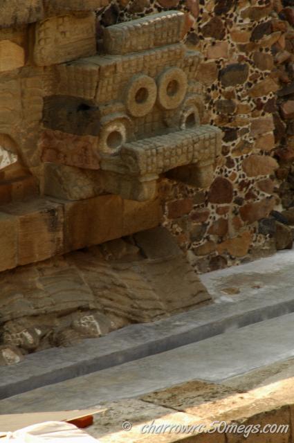Tlaloc en Templo quetzalcoatl TEOTIHUACAN 1