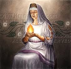 mujer anciana sabia o bruja