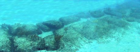 rocas uniformes submarinas en Bimini