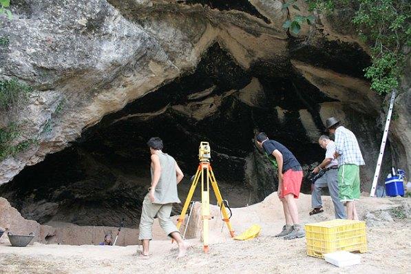 excavacion-de-la-cueva-negra-valle-del-quipar