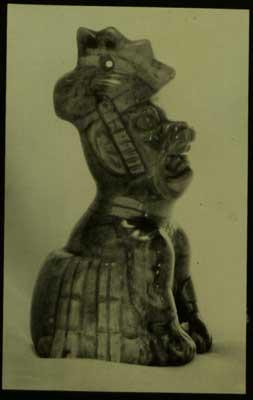 Figura olmeca hibrido humano jaguar ave y serpiente
