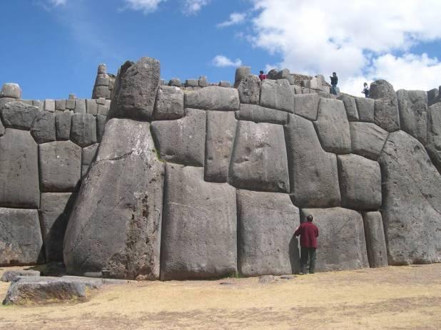 Sacsayhuaman megalitos