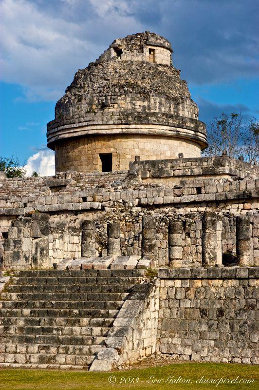 El Observatorio o Caracol Chichen Itza Mexico