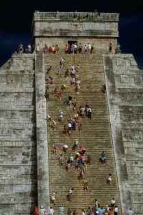 Piramide de Kukulkan escalera