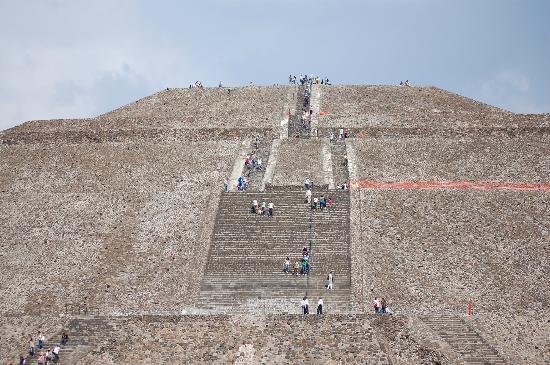 piramide-del-sol- teotihuacan