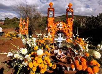 muertos-dia-festejo-altar370x270