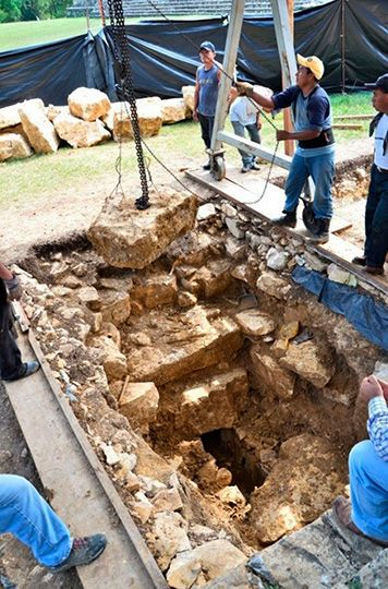 excavacion tumba Pakal 2016