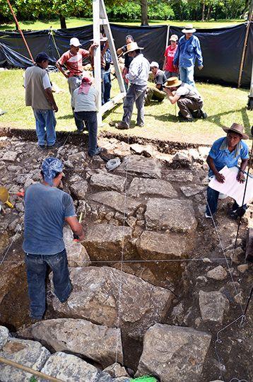 tumba de Pakal excavacion 2016